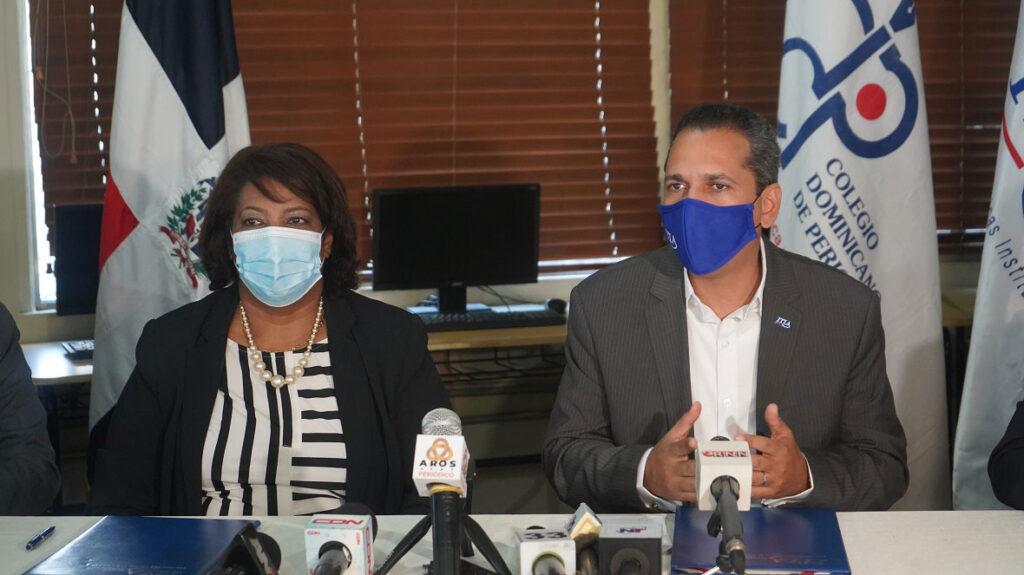ITLA y CDP firman acuerdo para capacitar a periodistas.