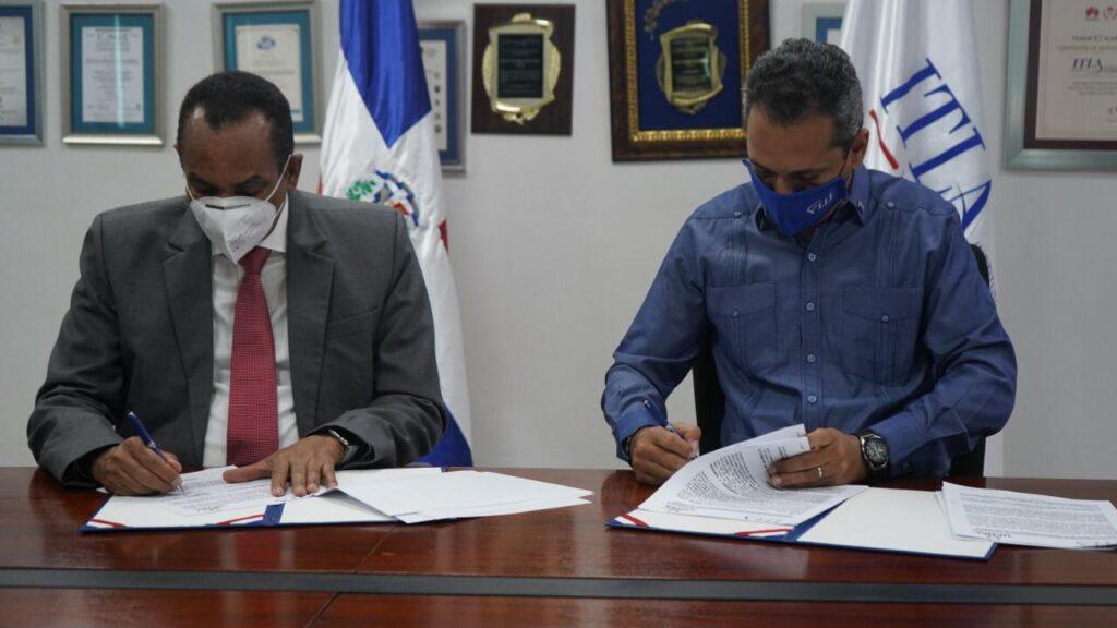 La UFHEC y el ITLA rubrican convenio de colaboración interinstitucional