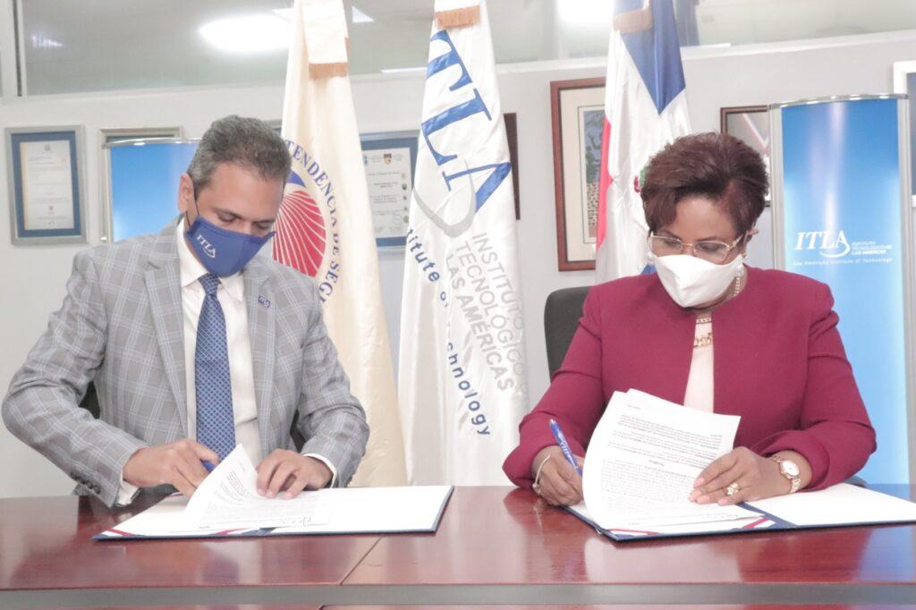 ITLA y Superintendencia de Seguros firman acuerdo de cooperación