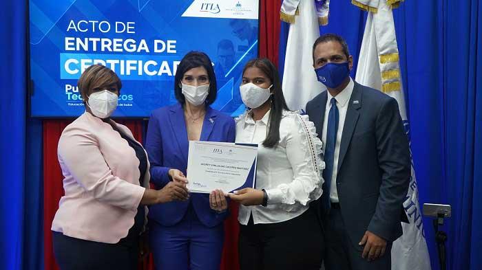 ITLA y Ministerio de la Juventud lanzan segunda convocatoria del programa Puntos Tecnológicos con 2500 becas