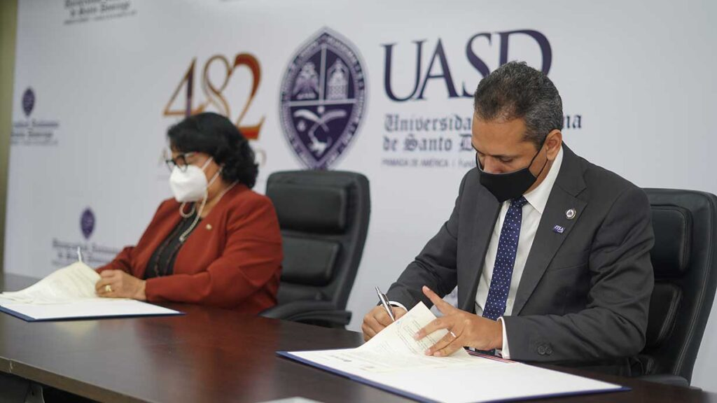 ITLA y UASD firman acuerdo para facilitar formación en carreras tecnológicas